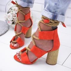 Mulheres PU Salto agulha Sandálias Bombas com Aplicação de renda sapatos