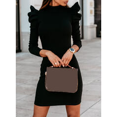 Pevný Dlouhé rukávy/Nadýchané rukávy Přiléhavé Nad kolena Malé černé/Neformální Šaty