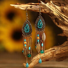 Diseño de las borlas Forma de gota Aleación Perlas De mujer Pendientes 2 piezas