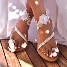 De mujer PU Tacón plano Sandalias Anillo del dedo del pie con Flor zapatos