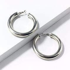 Módní Klasický Jednoduchý Slitina S Minimalistický Kruhový dekor Dámské Náušnice 2 ks