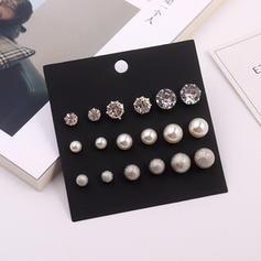 Único Aleación Diamantes de imitación La perla de faux con Perlas de imitación Rhinestone De mujer Pendientes (Juego de 9)