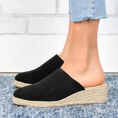 Γυναίκες PU Γωνία κλίσης Σανδάλια Κλειστά παπούτσια Παντούφλες παπούτσια