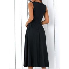Sólido Sin mangas Acampanado Vintage/Pequeños Negros/Fiesta/Elegante Midi Vestidos