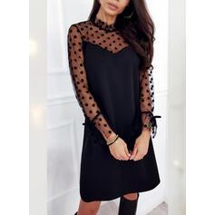 Pevný/Puntíky Dlouhé rukávy Splývavé Nad kolena Malé černé/Elegantní Šaty