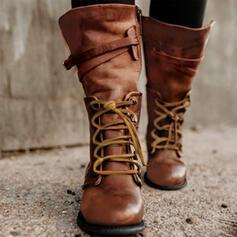 Kvinnor PU Flat Heel Platta Skor / Fritidsskor Stängt Toe Stövlar Halva Vaden Stövlar med Bandage skor