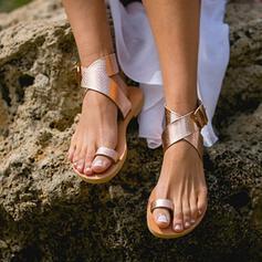 De mujer PU Tacón plano Sandalias Anillo del dedo del pie con Cruzado zapatos