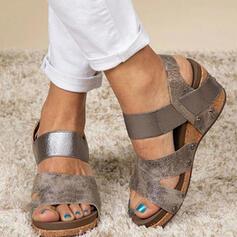 Kvinnor PU Kilklack Sandaler Plattform Kilar Peep Toe med Ihåliga ut Solid färg skor