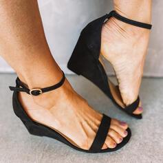Kvinnor Mocka Kilklack Sandaler Kilar Peep Toe med Spänne Ihåliga ut skor