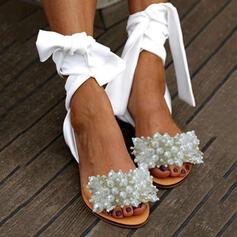 Naisten PU Matalakorkoiset Heel Sandaalit Peep toe jossa Jäljitelmä Helmi kengät