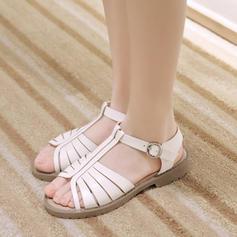 Kvinnor Konstläder Flat Heel Sandaler Platta Skor / Fritidsskor med Spänne skor