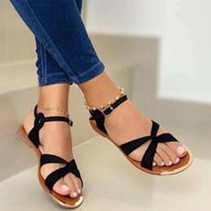 Kvinnor PU Flat Heel Sandaler Peep Toe med Spänne Solid färg skor