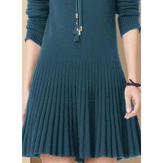 Sólido Malha Espessa Gola Alta Casual Longo Camisola-vestido