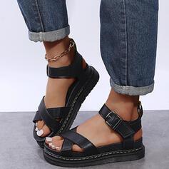 De mujer PU Tacón plano Sandalias con Hebilla Agujereado Color sólido zapatos