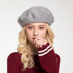 Señoras' Moda/Pretty Madera/Acrílico Boina Sombrero