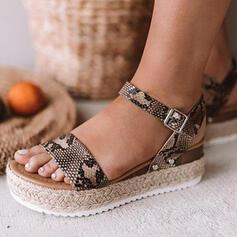 De mujer PU Tacón plano Sandalias Encaje con Hebilla Estampado de animales zapatos