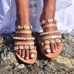 De mujer PU Tacón plano Sandalias Planos con Perlas de imitación Flor zapatos