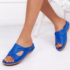 Dla kobiet Skóra ekologiczna Obcas Koturnowy Sandały Plaskie Japonki Z Klamra Tkanina Wypalana obuwie