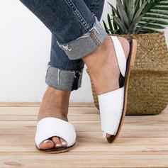 Kvinnor PU Flat Heel Platta Skor / Fritidsskor med Andra skor