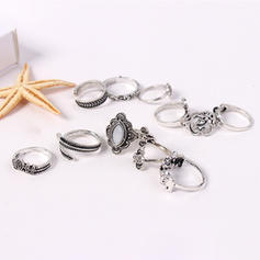 Fashionable Alloy Rhinestones Acrylic With Rhinestone Women's Fashion Rings