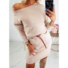 Sólido Manga Larga Cubierta Sobre la Rodilla Casual Suéter Vestidos