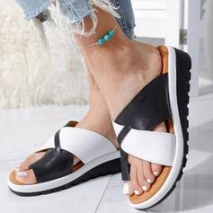 De mujer PU Tipo de tacón Sandalias Plataforma Cuñas Encaje Pantuflas con Agujereado Color de empalme zapatos