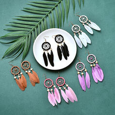 Vintage Boho Elegant Artistic Feather Design Alloy Feather With Feather Women's Earrings