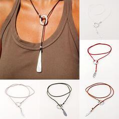 Vintage Elegant Romantic Alloy Leather With Minimalist Women's Ladies' Unisex Necklaces