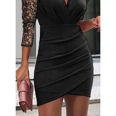 Krajka/Pevný Dlouhé rukávy/Nadýchané rukávy Přiléhavé Nad kolena Malé černé/Neformální Šaty