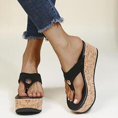 Kvinnor PU Kilklack Sandaler Flip Flops Tofflor rund tå med Nita Split gemensamma skor