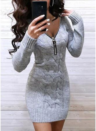 Egyszínű Hosszú ujjú Testre simuló ruhák Térd feletti Kis fekete/Hétköznapokra Sweter φορέματα