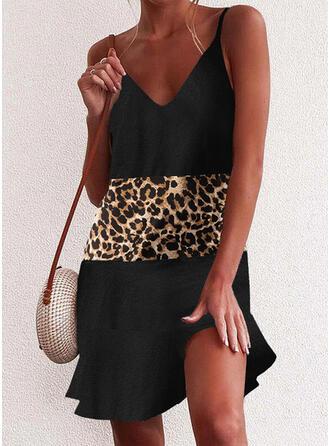 Färgblock/Leopard Ärmlös Rak Ovanför knä Fritids Under Klänning Klänningar