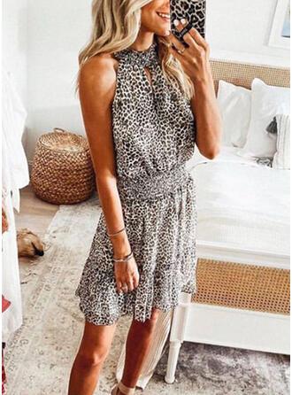 Impresión/Leopardo Sin mangas Cubierta Sobre la Rodilla Casual Vestidos