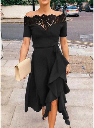Lace/Solid Short Sleeves/Cold Shoulder Sleeve A-line Knee Length Little Black/Party/Elegant Dresses