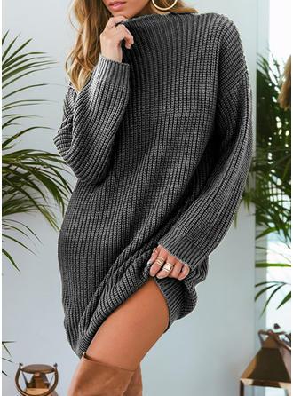 Sólido Punto Grueso Cuello de Soporte Vestido de Suéter