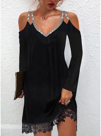 Pevný Krajka/flitry Dlouhé rukávy Cold Ramen Sleeve Šaty Shift Nad kolena Malé černé/Elegantní Šaty