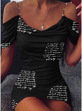 Impresión Manga Corta/Top sin hombros Ajustado Sobre la Rodilla Casual Vestidos