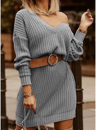Μονόχρωμο V yaka Günlük Uzun Kazak elbise