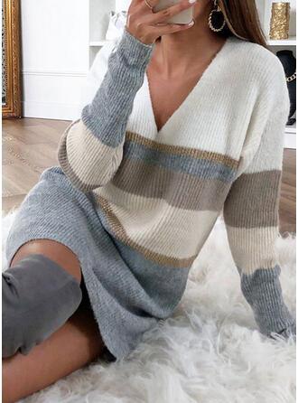 Bloque de Color Rayado Cuello en V Vestido de Suéter