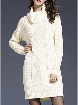 Sólido Punto De Cable Cuello De Tortuga Vestido de Suéter