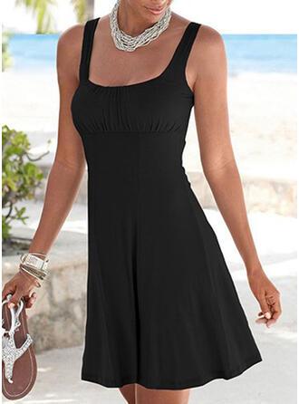 Sólido Sin mangas Cubierta Sobre la Rodilla Pequeños Negros/Casual/Vacaciones Vestidos