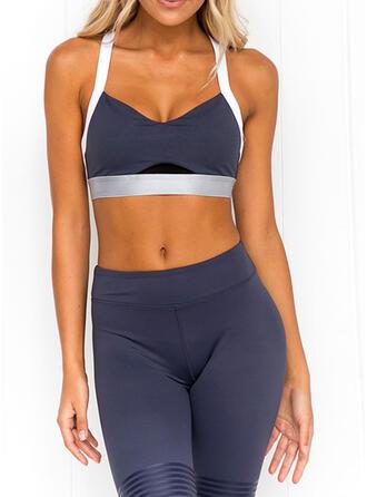Correa Sin mangas Color sólido Leggings deportivos Sujetadores deportivos Conjuntos de yoga