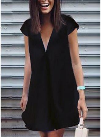 Einfarbig Kurze Ärmel Shift Über dem Knie Kleine Schwarze/Freizeit Kleider