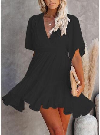 Sólido Mangas 1/2 Acampanado Sobre la Rodilla Pequeños Negros/Casual/Elegante Vestidos