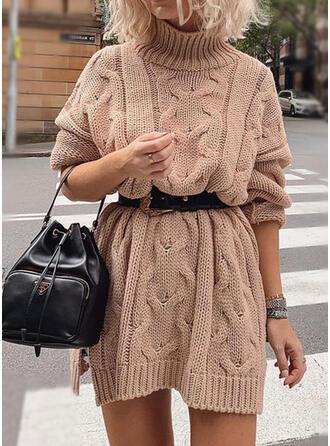 Sólido Punto De Cable Punto Grueso Cuello De Tortuga Vestido de Suéter
