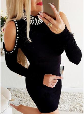Egyszínű/Gyöngyös Hosszú ujjú Testre simuló ruhák Térd feletti Kis fekete/Elegáns φορέματα